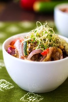 California Quinoa Bowl--how good does this look?! Vegan and gluten-free!