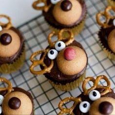 reindeer cupcakes - pretzel antlers is a pretty good idea!