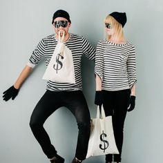 Make this simple money bag to go with your bandit costume for Halloween this year!