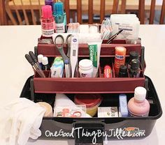 Make your own DIY First Aid Kit for the car!