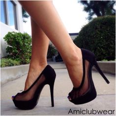 The perfect pump http://www.amiclubwear.com/shoes-heels-dnd-story-2black.html