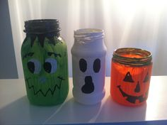 DIY Halloween decorations .. Candle jars-- this is picture only, no instructions.