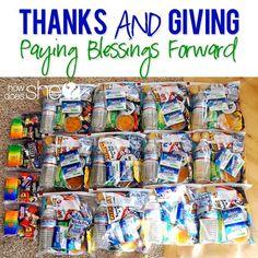 Paying Blessings Forward  #howdoesshe #blessingbags #familyserviceideas howdoesshe.com