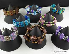 2 Good Claymates: Easy to Make Bracelet Display Stands