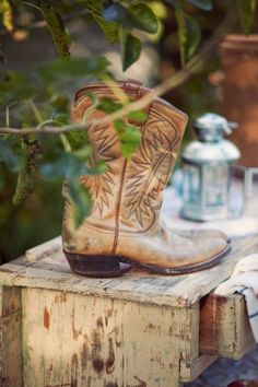 cowboy boots...country