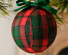 Plaid's hot and we're Plaid Crafts! So we think this ornament is pretty adorable - #Christmas #Folkart - Click thru for the full tutorial #plaidcrafts #crafting #diy #trendy Great ideas for Christmas Craft Ideas and Xmas Decorations