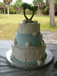 Palm Tree wedding cake