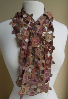 Feuj small scarf - Sophie Digard crochet