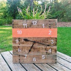 Pallet Clock pallet clock