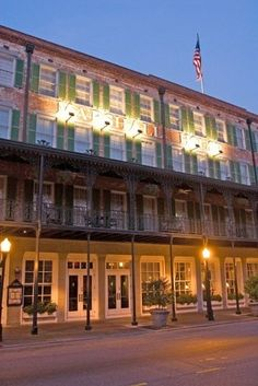 The Marshall House in #Savannah, #Georgia has been named one of the most haunted hotels by USA Today!