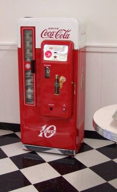 1958 Restored 1958 coke machine (2).jpg