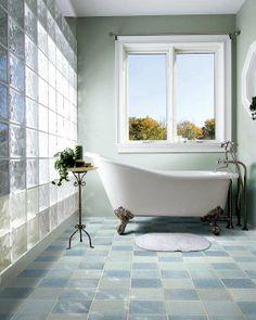 vintage bathtub, love this whole look!