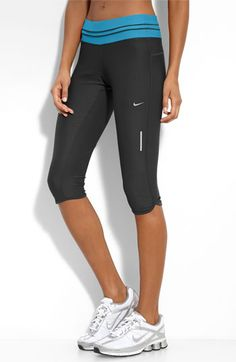 Nike Low Rise Crop Capris - great for running or yoga