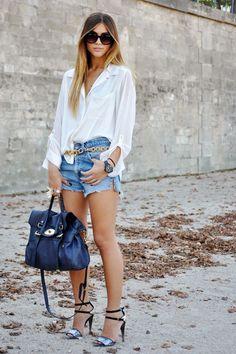 Short alto/ camisa blanca