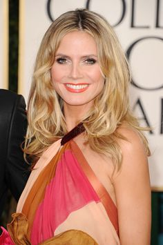 Heidi Klum Medium Curls