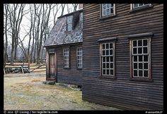 Hartwell Tavern in winter, Minute Man National Historical Park. Massachussets, USA