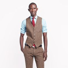 Downton Abbey 5 - J.Crew Ludlow suit vest in English tweed  Staying warm & tailored is an ever evolving theme with the men of Downton Abbey. An English tweed trouser & vest is almost considered the standard uniform on a beautiful fall hunting day.