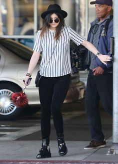4. Kylie Jenner Dropping Off A Friend At LAX Airport In L.A. | The Most Fab And Drab Celebrity Outfits Of The Week