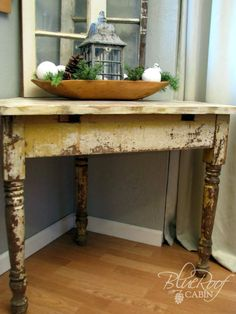 What to do with 3 chippy furniture legs and some odd pieces? Build a corner table! Love this idea! by blue roof cabin: Chippy Three Legged Table #DIY #furniture #upcycle #repurpose tå√