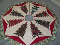 Machine Quilted Christmas Tree Skirt by ayrlooms1 on Etsy