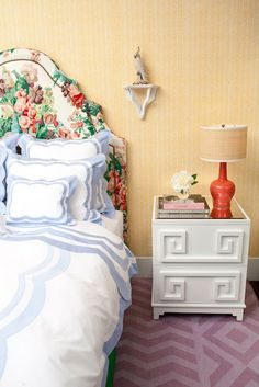 Chinoiserie Chic: Chinoiserie and Chintz interior design, hous, bedside tables, greek key, chinoiseri chic, upholstered headboards, chinoiserie chic, bedroom, linen