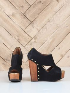 Jam Session Wedge - These are cool looking, but they would have to be flats for me to walk in them :)
