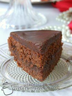 Zimski čokoladni kolač