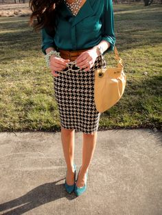 Teal shirt & shoes with patterned skirt and block belt.  Nice.  Ditch the bracelet, though.