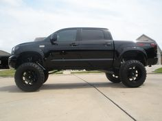 2011 Toyota Tundra CM Black 22x14 on 40s 12 BP lift - TundraTalk.net - Toyota Tundra Discussion Forum