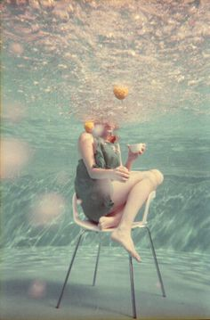 underwater photos, tea time, iri anam, orang, painting art, pool, anam cara, underwater photography, cup of coffee