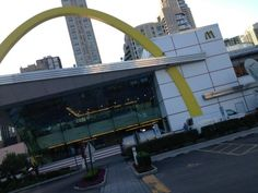 """McDonald's outgoing CEO told CNBC's """"Squawk on the Street"""" that the best is yet to come despite a slowdown in the U.S. and Europe. CNBC is live from the one of the busiest and biggest McDonalds. Where? Chicago!"""