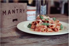 THE MANTRY | A modern man's pantry