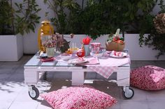 mommo design - OUTDOOR PALLET FUN - pallet pic nic table