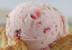 Strawberry Bananna Ice Cream - 3 ingredients?  YUM!