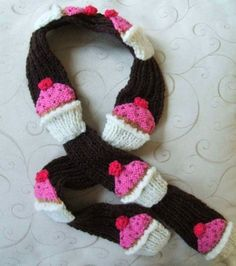 cupcake scarf knitting pattern - Lots of other Cupcake knitting patterns as well!