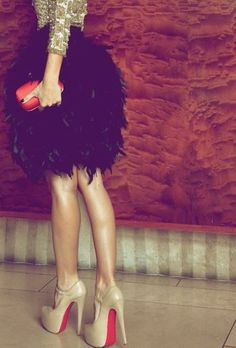 Party look, feather skirt, Louboutins