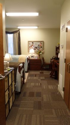 My Tranquil, Relaxing, and Clean Dorm Room, Dorm Rooms Design
