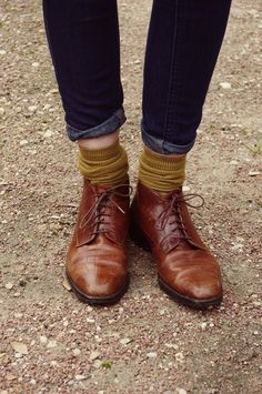 mustard socks. these brogues. the skinny rolled up trousers. oh yes