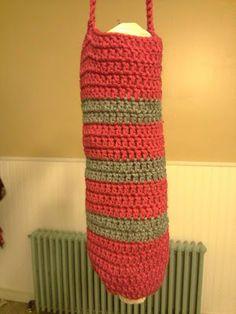 Crocheted Plastic Bag Holder ~ Free Pattern