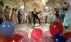 Footloose (1984) - everybody cut footloose!