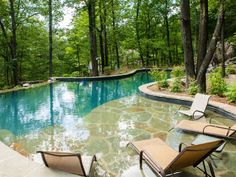 Love the shallow area and long pool