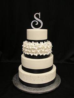 wedding cakes navy blue, cake idea, color blue, anniversary cakes, silver and blue wedding cakes, black white, color black, white cakes, white wedding cakes
