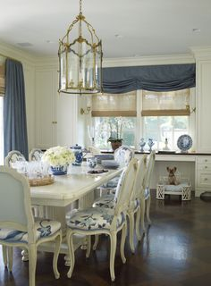 Beautiful blue and white cottage style!
