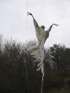 roof, holiday, dishfunct design, design homes, scarecrow, ghosts, awesom halloween, halloween decorating ideas, decor idea