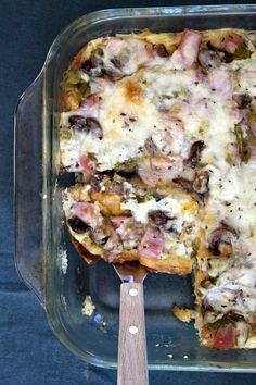 Overnight Ham and Cheese Baked Breakfast Casserole #recipe