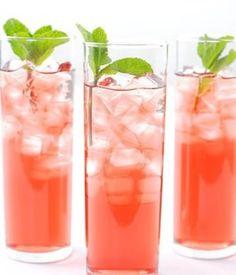 Hibiscus Tea 101: Health Benefits, Side Effects and Recipes Teas Recipe, Teas Time, Ice Cubes, Icedtea, Hibiscus Mints, Iced Tea, Drinks, Ice Teas, Baby Shower