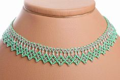 Free pattern for necklace Mint