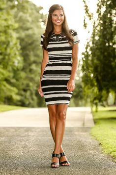 Business As Usual Dress-Black/White