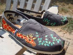giraffes hand painted on TOMS shoesmade to order by ArtfulSoles, $120.00