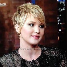Jennifer Lawrence short hair on David Letterman - November 20